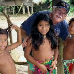 Getting acquainted with Embera children