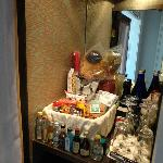 "A true shop in the ""minibar"""