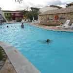 Uma das piscinas com cascata