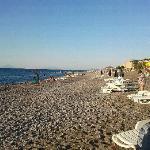 La spiaggia e le Eolie