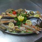 cucina a base di pesce di giornata