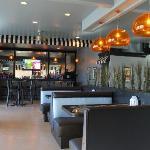 Bar / Dinning