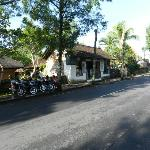 clean streets outside in Ubud