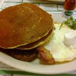 "The ""Big Green"" breakfast platter"
