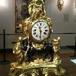 Medium antique clock