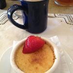 creme brûlée for dessert + pecan coffee = heaven