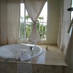 Jacuzzi on the upstairs balcony of presidential suite
