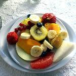 assiette de fruits somptueuse
