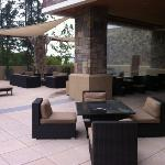 water feature and lounge area