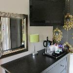 hospitality tray and TV, Family Room (4)