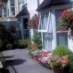 VALLEY HOUSE BED & BREAKFAST  DARTMOUTH
