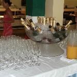 champagne pour le ptitdej !!!!