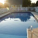 Clean, Well Kept Pool Area, without Time Restrictions