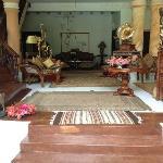 Empfangsbereich mit tollen Antiquitäten und Einrichtungsdetails