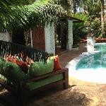 Lese-Ecke am Pool und Chillecke 2