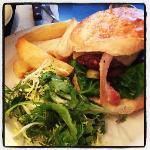 Famous Balans Burger!