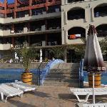 Das Hotel + Poolbereich