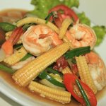 Prawns with young corn