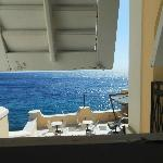 θέα προς τη θάλασσα από το μικρό γραφείο