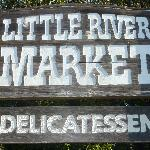 Photo de Little River Market & Deli