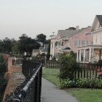 Bluff walk past beautiful homes with riverview