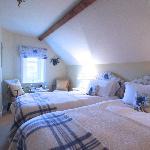 Room 7 Second Floor twin-bedded room en suite with Shower