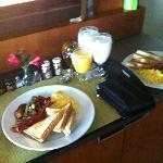 breakfast, room service