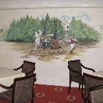 dipinto sulla parete della sala colazione