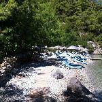 una delle due spiagge riservate agli over 18