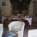 Relaxing/breakfast room