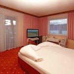 Wohnbeispiel Doppelzimmer mit Blick auf den Wörthersee