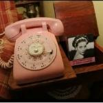 Quite The Stir still adores Pink KITSCH Telephones, even if it's a decade or so away!