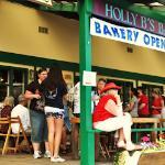 Holly B's Bakery