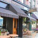 Dina's Restaurant