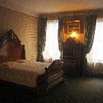 Master bedroom in Roosevelt home