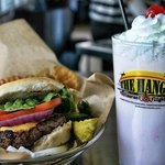 Foto de The Hangar Restaurant & Flight Lounge