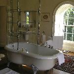 Percy French room bathroom