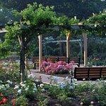 Leonard J. Buck Garden Photo