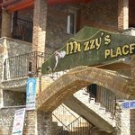 Muzzy's Place Restaurant and Bar