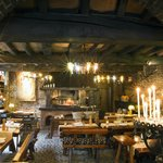 les écuries sont devenues un restaurant de gastronomie régionale