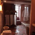 Toutes nos salles de bain sont équipées de tous les accessoires que vous attendez