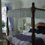 The 4 poster bed