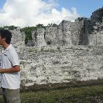 Merak our guide explaining the history of the ruins