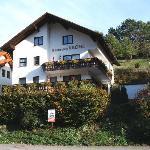 Photo de Hotel Gasthof Zur Krone Odenwald-Sterne-Hotel