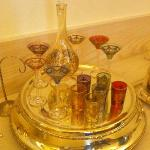 食堂に置かれた美しいヴェネチアングラス