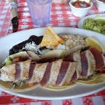 ahi fish taco platter
