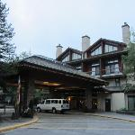 Lodge entrance and golf course shuttle