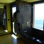 Cliff House bathroom