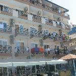 hotel, pool side