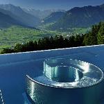 Die Whirlpool-Sitzgruppe im Pool